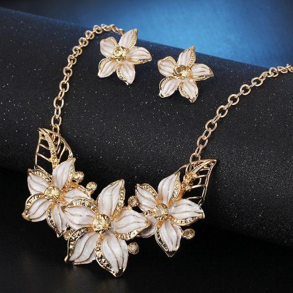 Luxury Crystal Earrings Pendant Necklace Women Fashion Jewelry Set