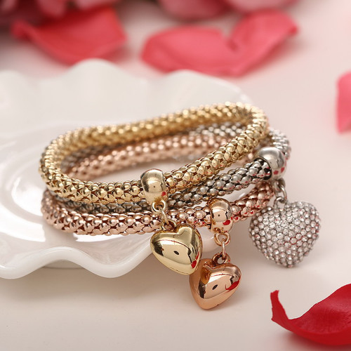 Beautiful Three Heart Bracelets Set Women Fashion Jewelry