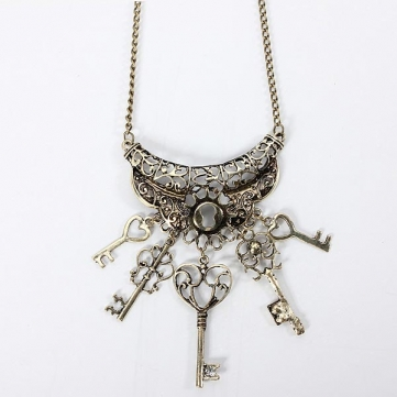 Key Pendant Sweater Necklace Women Fashion Jewelry