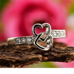 Crystal Rhinestone Platinum Plated Heart Ring Women Fashion Jewelry