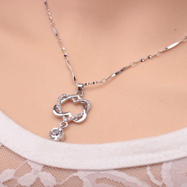 Pretty Rhinestone Linked Heart Pendant Necklace Women Fashion Jewelry
