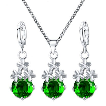 Lovely Austrian Crystal Earrings Pendant Necklace Women Jewelry Set