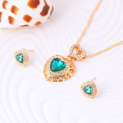 Charming Crystal Earrings Pendant Necklace Women Fashion Jewelry Set