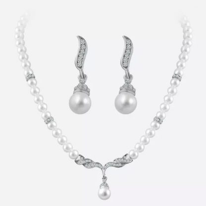 Beautiful Crystal Pearl Earrings Pendant Necklace Jewelry Set