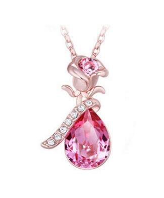 Sweet Crystal Rhinestone Rose Pendant Necklace Women Fashion Jewelry